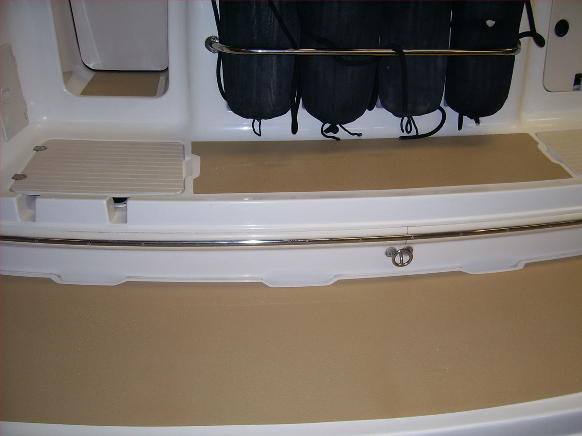 Non-slip surface for boat's swimming deck