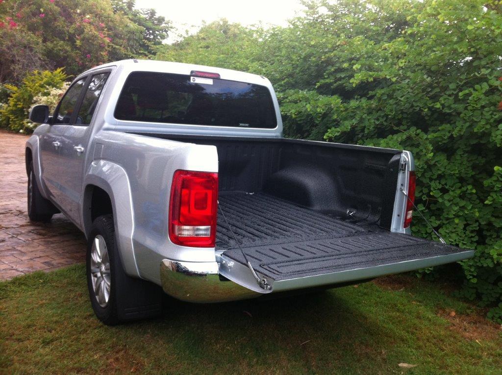 Speedliner® Spray In Bed Liner for Trucks in Black