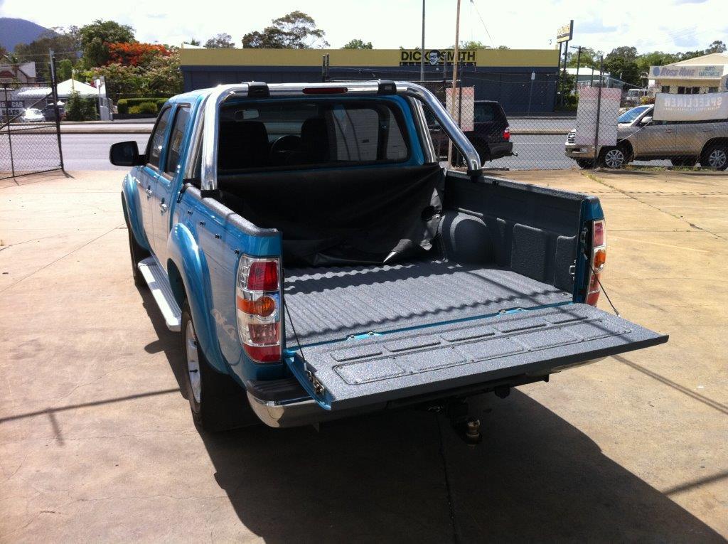 Speedliner® Spray In Bed Liner for Trucks in Medium Gray